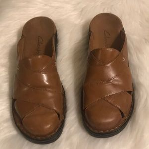 Clark's shoes size 7